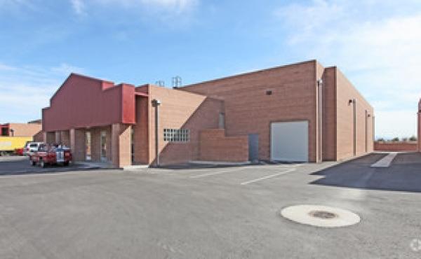 Office Warehouse Showroom Yard